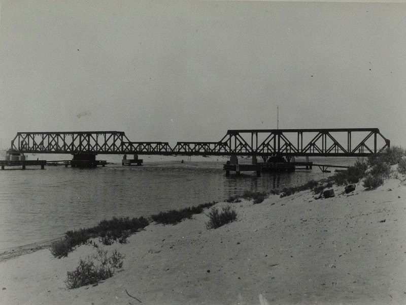 Suez Canal Railway Bridge, 1942