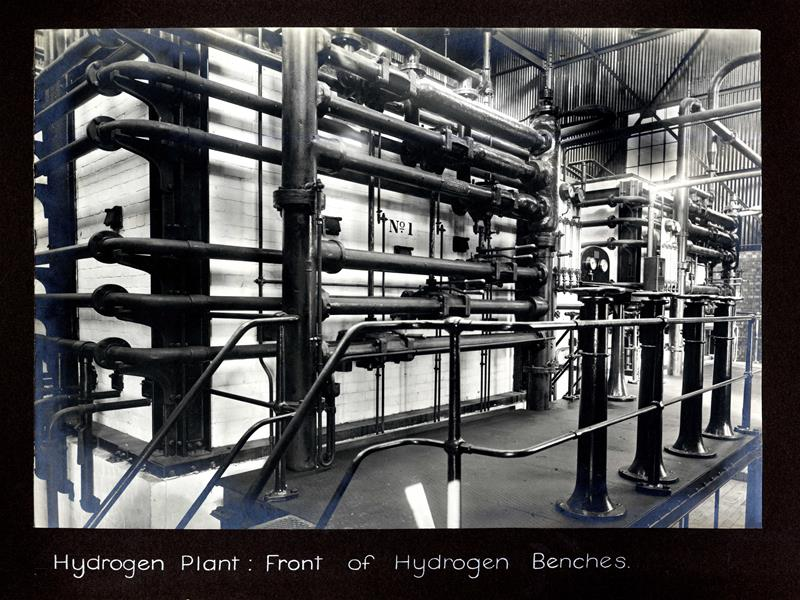 Hydrogen plant, front of hydrogen benches