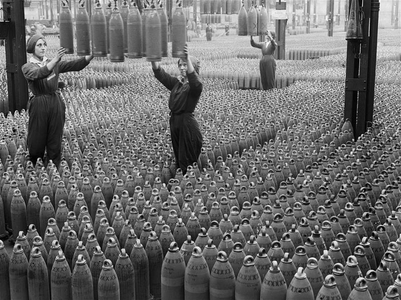 Women workers at the National Shell Filling Factory, Chilwell